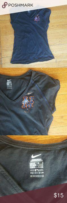 THE METS SIZE LARGE 14 16 GIRLS V NECK NIKE  THE METS  BLACK V NECK EUC BLUE STITCHING NEW YORK SHORT SLEEVE  T SHIRT Nike Shirts & Tops Tees - Short Sleeve