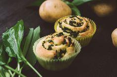 Bärlauch-Kartoffel-Muffins Muffins, Spring, Breakfast, Food, Amazing, Food Food, Morning Coffee, Muffin, Essen