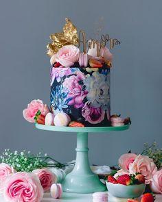 Trend Alert: torte nuziali dipinte