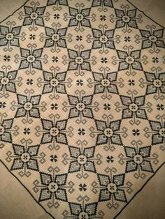 Pixel Pattern, Bargello, Blackwork, Cross Stitch Embroidery, Diy Crafts, Quilts, Sewing, Fabric, Farmhouse Rugs