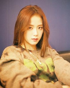god is kim jisoo Kim Jennie, Jenny Kim, Blackpink Jisoo, Kpop Girl Groups, Korean Girl Groups, Kpop Girls, Divas, K Pop, Square Two