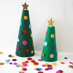 Festive felt trees diy crafts christmas festive christmas decor ideas diy christmas crafts felt trees