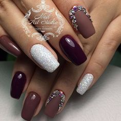 See best holiday nails with star designs. Make your nails become the star at a C. New Year's Nails, Hot Nails, Hair And Nails, Gorgeous Nails, Pretty Nails, Acrylic Nail Designs, Nail Art Designs, New Years Nail Designs, Nails 2018