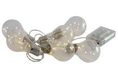 6 pærer med totalt 30 LED lys