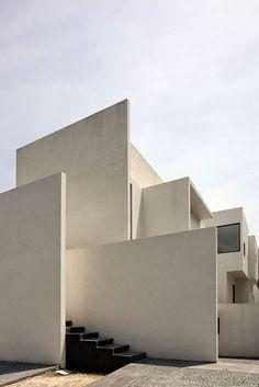 simplicity love: AR House, Mexico | Lucio Muniain et al