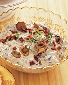 Mushroom Bacon Dip...two of the best things in the world, everything is better with bacon, or is it butter?  Either way!