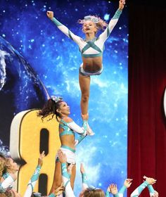 I love action shots -Jaida Cheer Coaches, Cheer Stunts, Cheerleading Outfits, Cheer Dance, Great White Sharks Cheer, Cheer Fails, Cheer Team Pictures, Cheer Picture Poses, Cheer Extreme