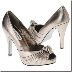 Cute heels! They look pretty comfortable and could give you a good balance when you walk in them!