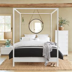 Temple Queen bed SS15