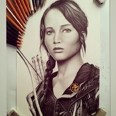 03-Jennifer-Lawrence-The-Hunger-Games-Łukasz-Andrzejczak-Colored-Pencil-WIP-Drawings-www-designstack-co