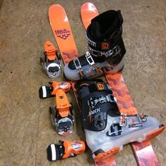 Gros pack freestyle et beau jeu de couleurs ! #ski #skiing #freeski #freestyle #snow #winter #colors #orange #boots #skiboots #bindings #skibindings #pack #flexible #custom #awesome #shred #photooftheday #style #sales