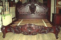 Hand Carved Mahogany king size bed roccoco style masterpice