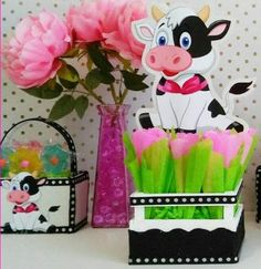 Great idea for Farm party- Serve cutlery wrapped in green tissue paper and in farm bins 1st Birthday Parties, 4th Birthday, Farm Party, Dramatic Play, Alice, 4 Kids, First Birthdays, Pink, Tissue Paper