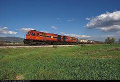 RailPictures.Net Photo: A-463-464 Hellenic railways MLW MX627 at Tithorea, Greece by Kantirisn