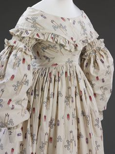 Sarah Maria Wright wore this dress for her marriage to Daniel Neal on 27 July 1841 at St. Nicholas Church in Skirbeck, Lincolnshire. The dress reveals the type of clothing rural labourers wives might wear for their weddings. Such objects tend to survive in much smaller quantities than fashionable wedding dress as they would have been worn for Sunday best long after the event, or handed down.