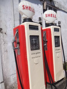 Old Gas Pumps 40s Shell gas pumps