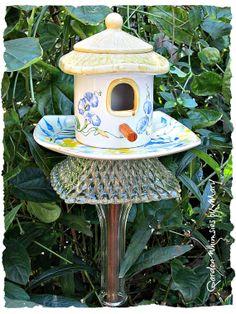 Birdhouse Garden Totem Stake  As Featured by GardenWhimsiesByMary, $38.00