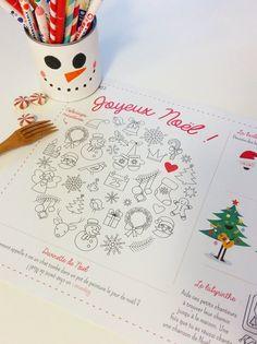 Pour le repas de Noël, cette année, les adultes auront envie de s'installer à la table des enfants ! Avec nos sets de table à imprimer spécial Noël, les enfants pourront colorier, jouer, dessiner et rigoler, en attendant le repas !