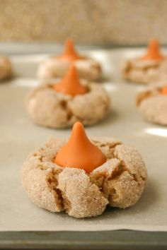 Cinnamon Pumpkin Spice Kiss Blossoms (Time to look for Pumpkin Spice Kisses in the  store!!)