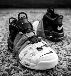Nike Air More Uptempo 'Tricolor' Detailed Pics - EU Kicks: Sneaker Magazine Me Too Shoes, Men's Shoes, Nike Shoes, Shoe Boots, Shoes Sneakers, Adidas Sneakers, Tenis Basketball, Nike Air Uptempo, Trainer Boots