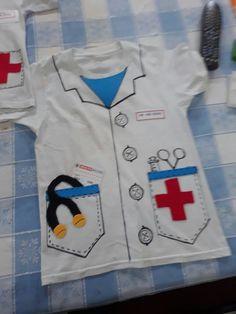 Vet Costume, Hero Costumes, Diy Costumes, Veterinarian Costume, Diy For Kids, Cool Kids, Doctor Role Play, Community Helpers Kindergarten, Diy Doctor