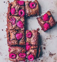 Veganska brownies  recept hittar ni på  @welloteket  #vegan #recept #brownie foto & recept: