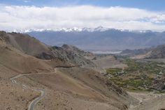 The 20 greatest driving roads in the world. Khardung Pass. India