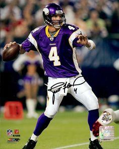 Brett Favre Looked better in green and gold.!! Minnesota Vikings 4ae643c05686