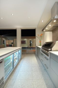 Like the floor tiles Indoor Outdoor Kitchen, Backyard Kitchen, Summer Kitchen, Outdoor Areas, Outdoor Rooms, Sims House Plans, Bbq Area, Backyard Patio Designs, Facade House