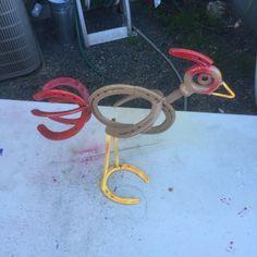 Horseshoe chicken yard art metal art #Horseshoecrafts