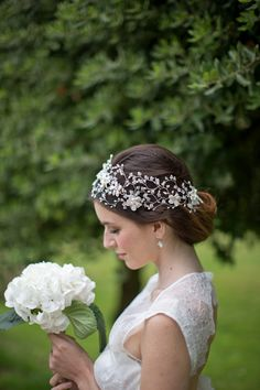 Normally, I don't like wide bands, but this with a veil would be absolutely exquisite. Hermione Harbutt Bridal Collection: Heavenly Headdresses