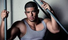 Pro Wrestler Comes Out As Bisexual After Video With Boyfriend Hits The Web