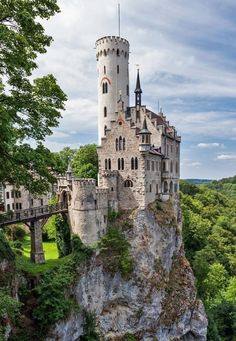 Lichtenstein Castle (German: Schloss Lichtenstein) is a Gothic Revival castle built in the It is situated on a cliff located near Honau on the Swabian Alb, Baden-Württemberg, Germany. Places Around The World, The Places Youll Go, Places To See, Around The Worlds, Vila Medieval, Chateau Medieval, Beautiful Castles, Beautiful Buildings, Beautiful Places