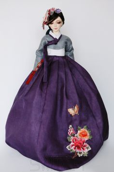 한복 Hanbok : Korean traditional clothes[dress] : Dolls Hanbok Korean Hanbok, Korean Dress, Korean Outfits, Korean Traditional, Traditional Dresses, Asian Doll, Fairy Dolls, Barbie Dress, Knitted Dolls