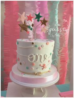 Twinkle Twinkle Little Star Birthday Party Ideas 1 Year Old Birthday Party, Birthday Fun, First Birthday Parties, Birthday Ideas, Girl Birthday Themes, Baby Girl First Birthday, Birthday Party Decorations, Twinkle Twinkle Little Star, 1st Birthdays