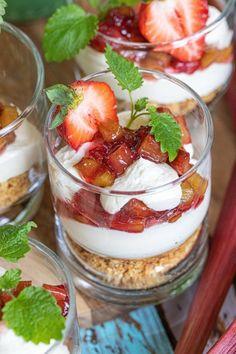 Cheesecake, Fika, Something Sweet, Cupcake Cakes, Tart, Panna Cotta, Goodies, Dessert Recipes, Food And Drink