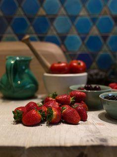 Marlene van der Westhuizen Cook's Club cooking classes in Cape Town - Eatsplorer Magazine Cooking Classes, Cape Town, South Africa, Strawberry, Van, Good Things, Magazine, Club, Fruit