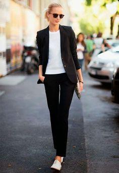 look preto e branco minimalista