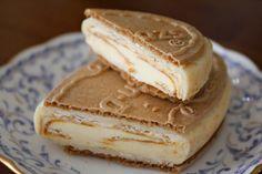 There is nothing to dislike about Haagen Dazs caramel custard icecream sandwich