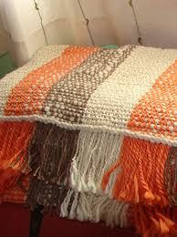 Weaving Patterns, Knitting Patterns, Loom Weaving, Hand Weaving, Types Of Weaving, Bed Runner, Silk Ribbon Embroidery, Weaving Techniques, Knitted Blankets