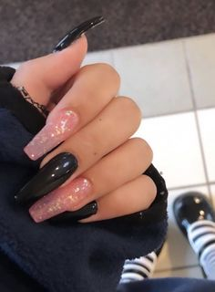 Pink Glitter Nails, Acrylic Nails Coffin Short, Pink Acrylic Nails, Pink Black Nails, Nail Black, Black Nails With Glitter, Goth Nails, Edgy Nails, Swag Nails