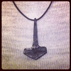 I made Thor's hammer. #handforged #metal #pendant #vikings #blacksmithing