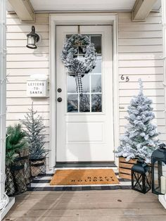 I went for a timeless winter porch look this year. Something that is simple yet festive and will look great all Winter long. If you are a lover of everything flocked and neutral you are going to want to check this out! #farmhouseporch #winterdecor #winterporch #farmhousedecor Farmhouse Christmas Decor, Outdoor Christmas, Christmas Home, Farmhouse Decor, Christmas Trees, Xmas, Small Front Porches, Decoration Entree, Seasonal Decor