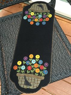 HAND-STITCHED Primitive Folk Art Wool Applique by PrimFolkArtShop (Design by…