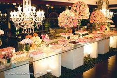 Contemporary dessert display | aline & vinicius
