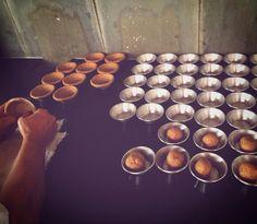 Produção 100%artesanal, tradição mineira! Massa integral com farinha artesanal e 100% integral sem mistura. Leve , crocante e saudável. ⛱✌️ Entregamos nossos produtos em São Miguel do Gostoso - RN Encomendas/pronta entrega pelo telefone/whatsapp: 031 98336757 - Juju ⛱Email: quitandamineira@gmail.com Facebook.com/damineira Instagram.com/damineira Pinterest.com/damineira   #damineira #empadadamineira #empada #quitandamineira #gastronomiamineira #saomigueldogosto