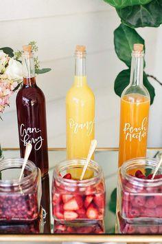 Hosting A Bride-To-Be Breakfast - hitched.co.uk Champagne Brunch, Brunch Drinks, Brunch Food, Cocktails, Wedding Champagne, Mimosa Brunch, Fruity Drinks, Bar Drinks, Brunch Cake