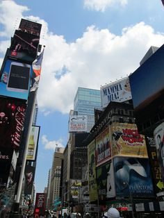 Broadway, NYC. Nueva York by voces, via Flickr