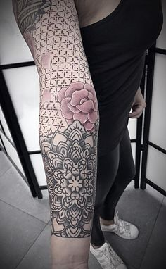 50 of the Most Beautiful Mandala Tattoo Designs for Your Bod.- 50 of the Most Beautiful Mandala Tattoo Designs for Your Body & Soul awesome mandala tattoo © Anaïs B. Tattoo Sleeve Filler, Mandala Tattoo Sleeve, Full Sleeve Tattoos, Sleeve Tattoos For Women, Tattoos For Guys, B Tattoo, Hand Tattoo, Body Art Tattoos, Cool Tattoos