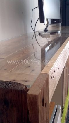 Ikea Hacking with pallets: Expedit   1001 Pallets